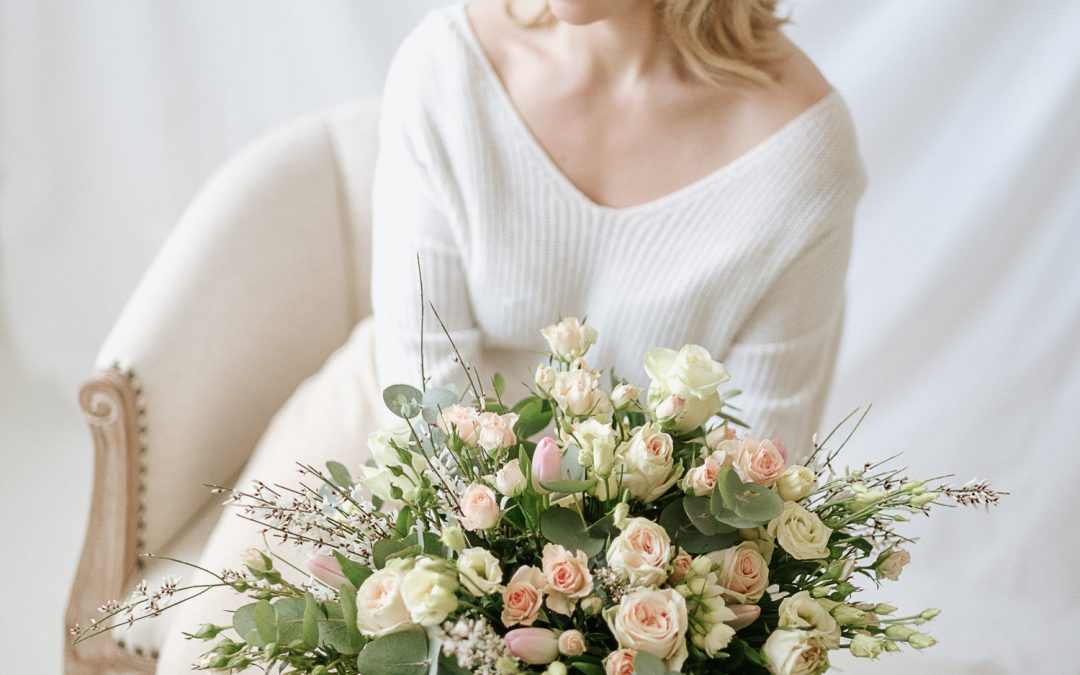 5 Questions to Help You Pick a Colour Palette for Your Wedding Flowers