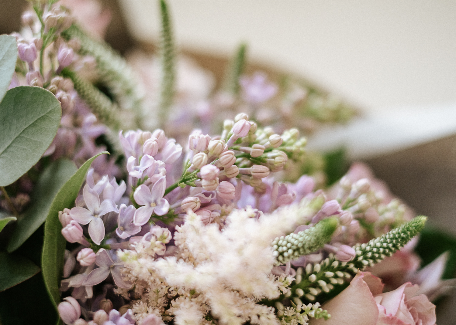 wedding flower colour palette lilac and pale pink